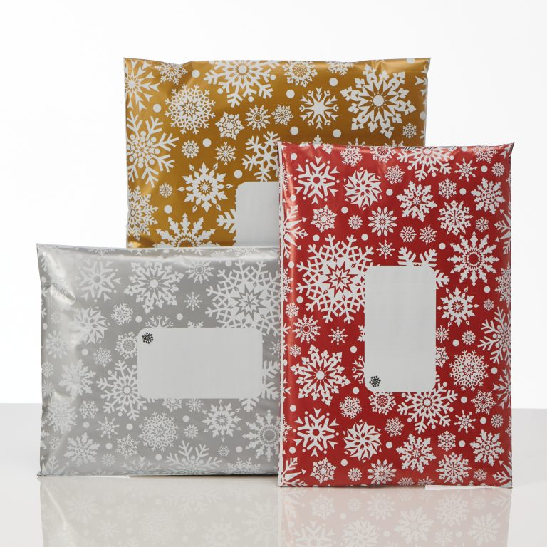 Divinely different snowflake mailing bags group